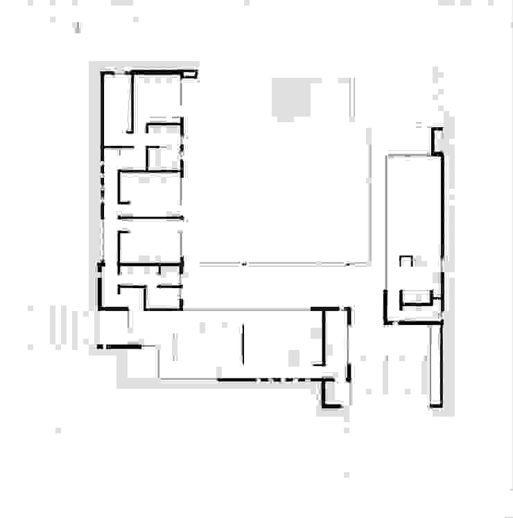 Planta de Arquitectura Casas modernas: Ideas, imágenes y decoración de Poggi Schmit Arquitectura Moderno