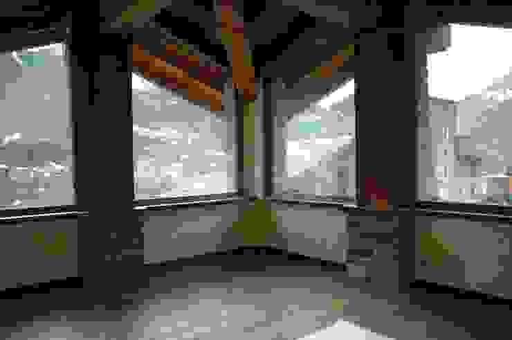 Sangineto s.r.l Puertas y ventanas rústicas