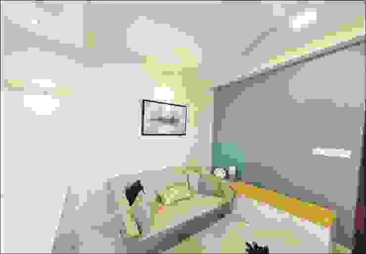 Living room: minimalist  by Uncut Design Lab,Minimalist