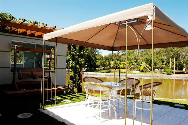 Balcon, Veranda & Terrasse modernes par MARLON TIRAPELI design de interiores e arquitetura Moderne