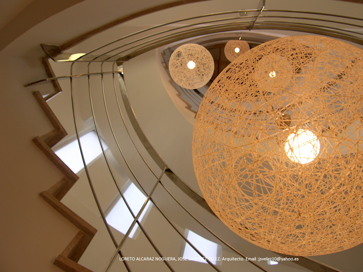 DYOV STUDIO Arquitectura, Concepto Passivhaus Mediterraneo 653 77 38 06 Ingresso, Corridoio & ScaleScale