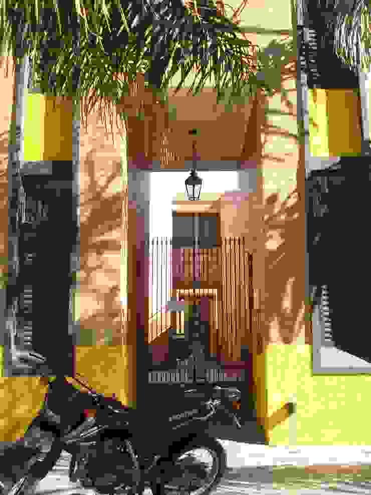 Dptos Ferreyra Casas modernas: Ideas, imágenes y decoración de Estudio AM Arquitectura Moderno