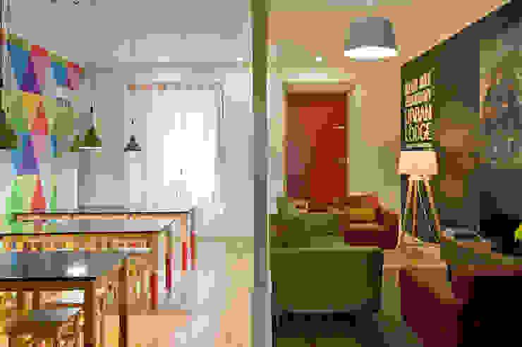 Ruang Keluarga Gaya Rustic Oleh ARCO mais - arquitectura e construção Rustic