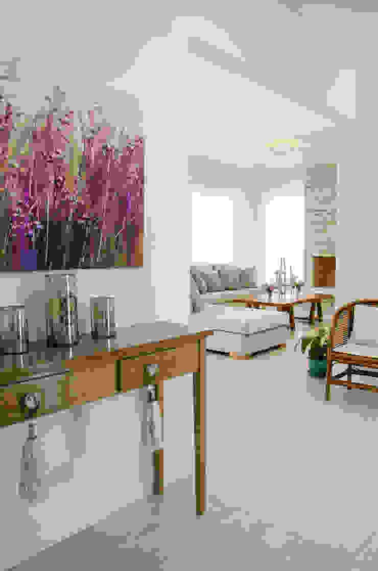Гостиная в стиле модерн от Parrado Arquitectura Модерн