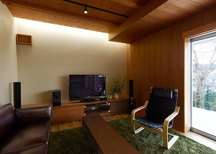 Eclectic style living room by coil松村一輝建設計事務所 Eclectic