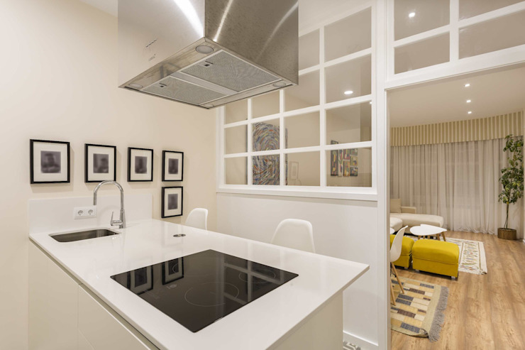 GESTION INTEGRAL DE PROYECTOS DEL NOROESTE S.L. - GESPRONOR Modern style kitchen