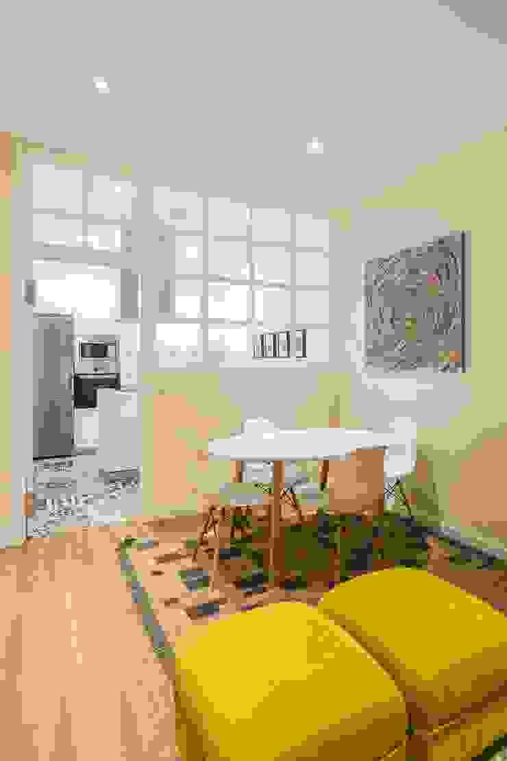 GESTION INTEGRAL DE PROYECTOS DEL NOROESTE S.L. - GESPRONOR Modern dining room