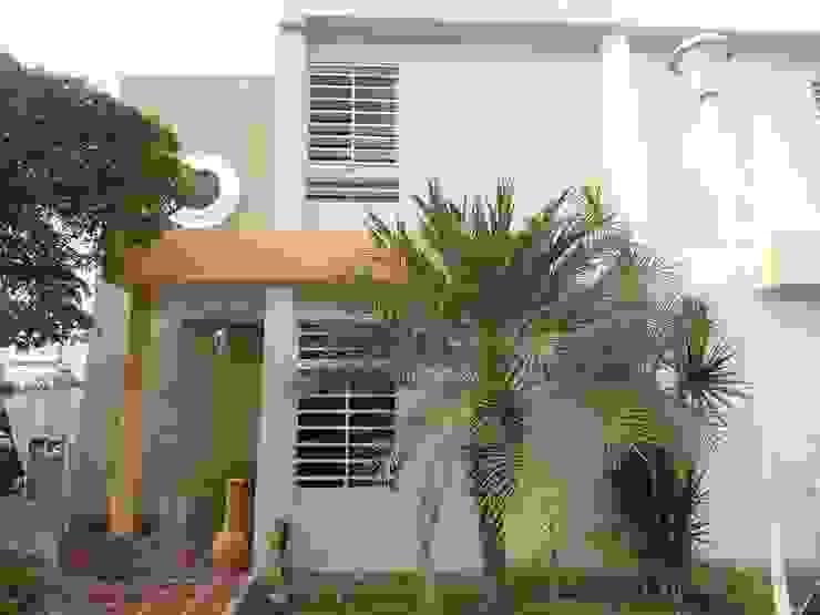 fachada Casas clásicas de Clinica De Casas Clásico