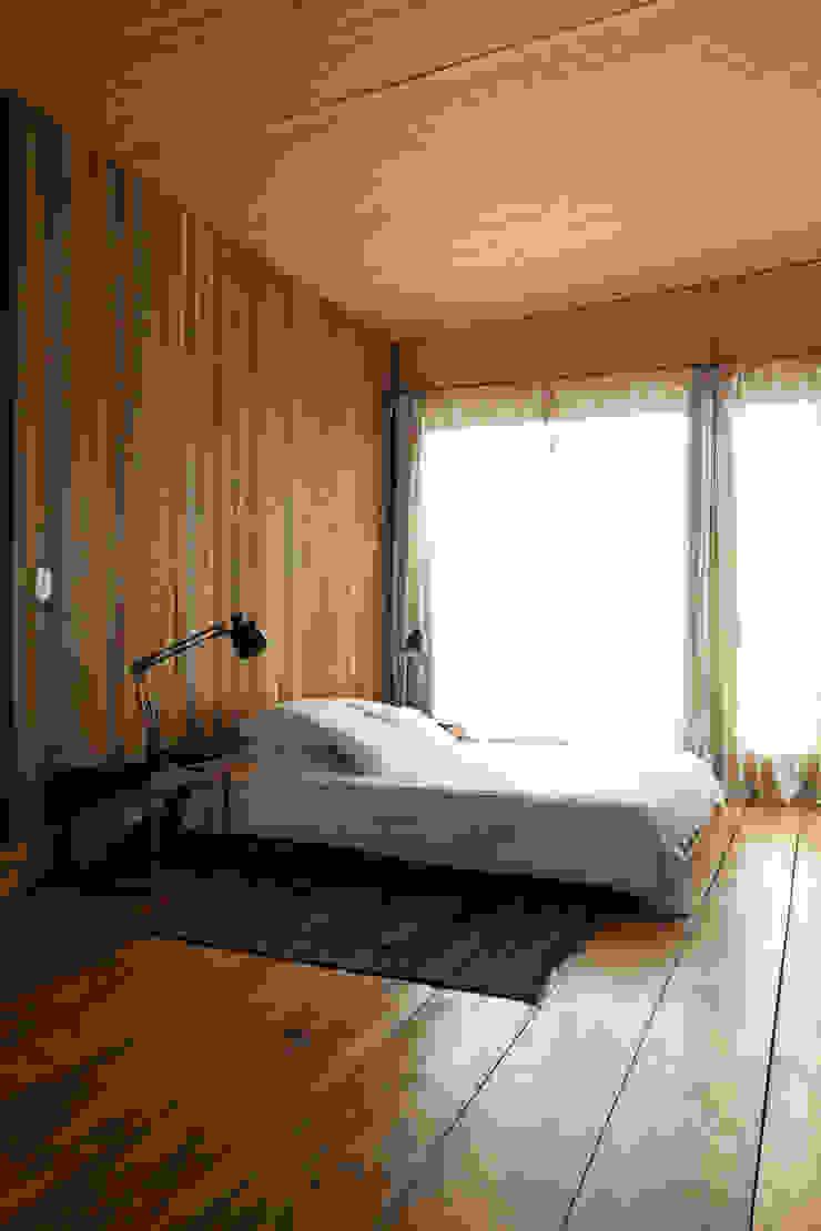 Arquitecto Alejandro Sticotti Country style bedroom