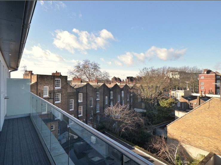 Camden Penthouse Modern balcony, veranda & terrace by Boutique Modern Ltd Modern