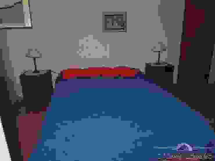 chalet Dormitorios clásicos de Maures Construcciones Clásico