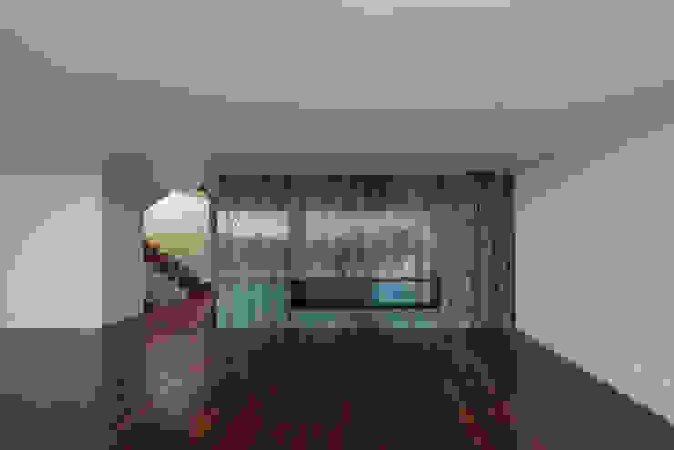 Salas de estar modernas por ABPROJECTOS Moderno