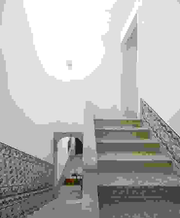 Alberto Caetano Pasillos, vestíbulos y escaleras de estilo moderno