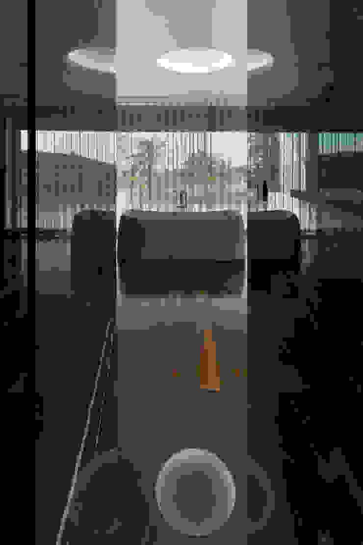 Banheiros modernos por ABPROJECTOS Moderno