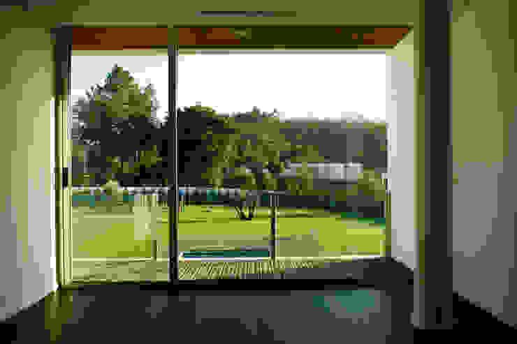 Modern Balkon, Veranda & Teras Central Projectos Modern