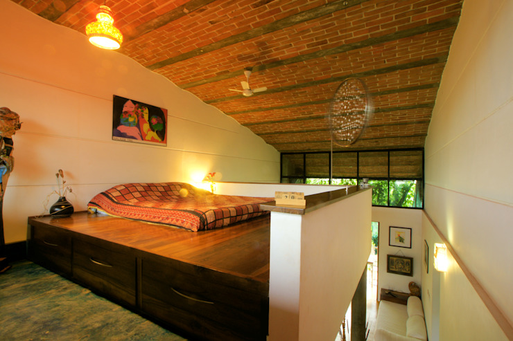 Duplex Apartment, Creativity, Auroville Eclectic style bedroom by C&M Architects Eclectic