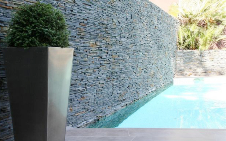 Modern Pool by Arquitectura Interior 88 Modern