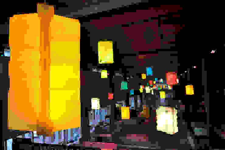 Wormkrat lampen Industriële gangen, hallen & trappenhuizen van Studio Made By Industrieel