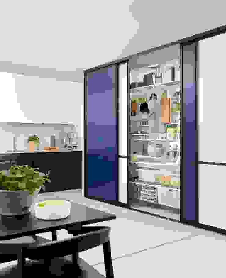 Cozinhas modernas por Elfa Deutschland GmbH Moderno MDF