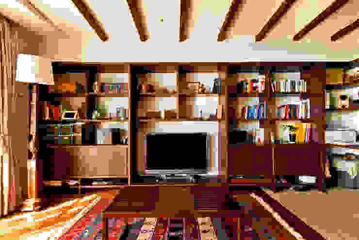 御影の家 和風デザインの リビング の エイチ・アンド一級建築士事務所 H& Architects & Associates 和風