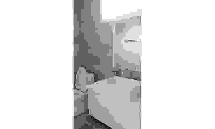 YJ HOUSE 모던스타일 욕실 by 에이라이브 모던 돌