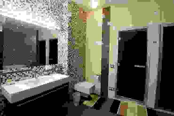 nadine buslaeva interior design Baños de estilo minimalista