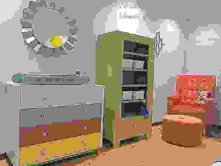 Habitación Bebe casa campestre: Habitaciones infantiles de estilo  por ea interiorismo, Moderno Madera Acabado en madera