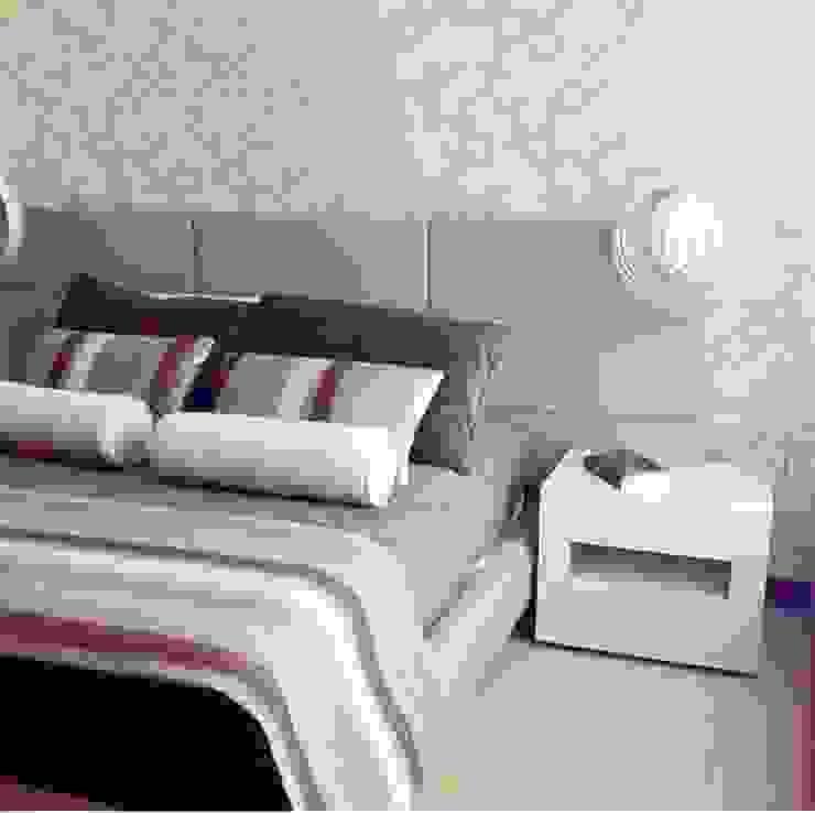 Habitación Espacio Pequeño Habitaciones modernas de ea interiorismo Moderno Derivados de madera Transparente