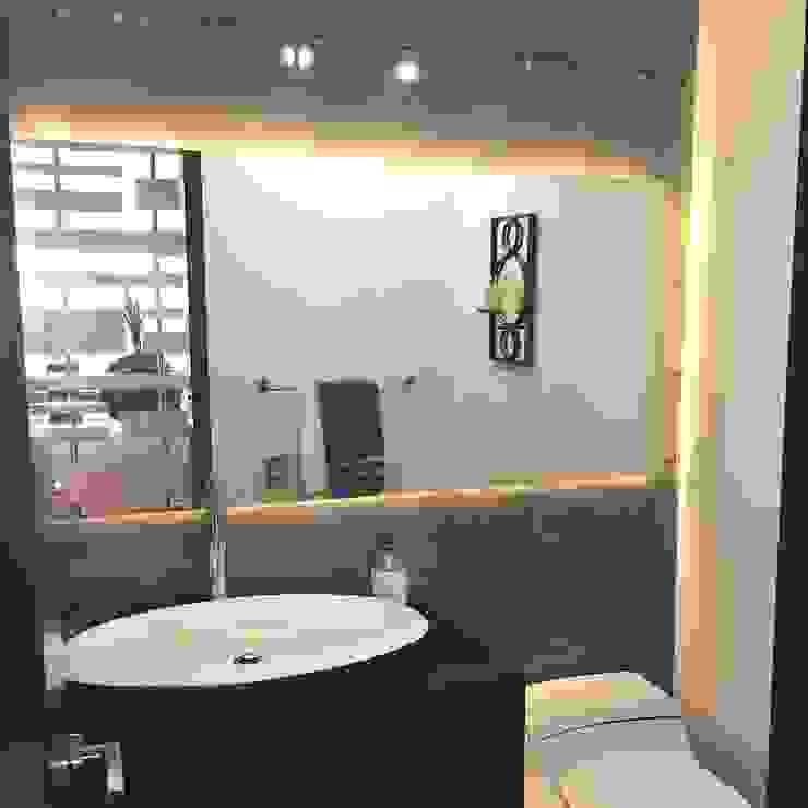 現代浴室設計點子、靈感&圖片 根據 ea interiorismo 現代風 石英