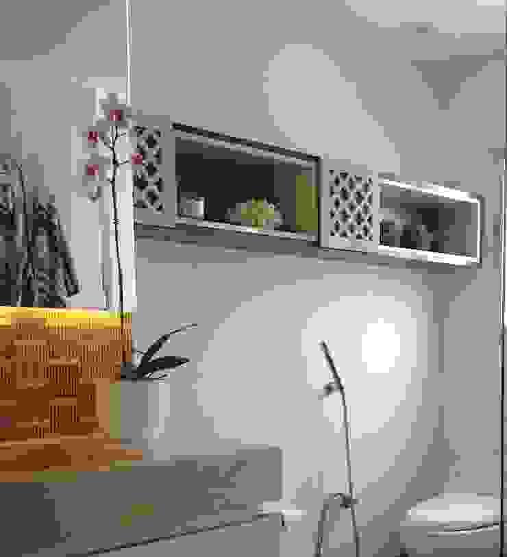 現代浴室設計點子、靈感&圖片 根據 ea interiorismo 現代風 大理石
