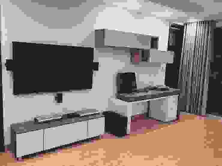 Sala Familiar Segundo Piso Salas multimedia de estilo moderno de ea interiorismo Moderno