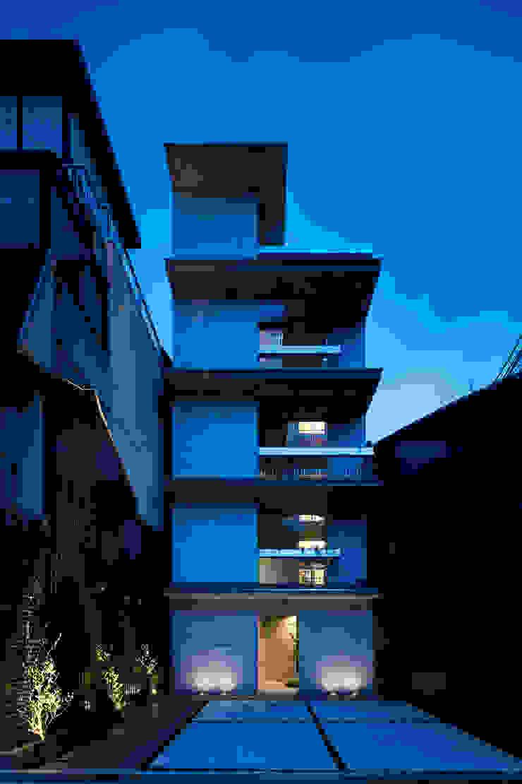 Casa Verde 御所西 株式会社 藤本高志建築設計事務所 モダンな 家 コンクリート 紫/バイオレット
