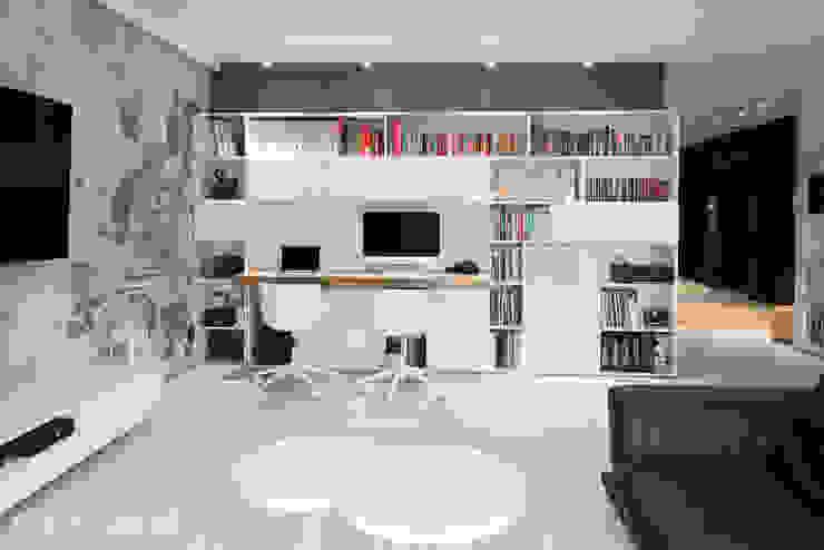 www.minimoo.pl: styl , w kategorii Domowe biuro i gabinet zaprojektowany przez MINIMOO Architektura Wnętrz,Minimalistyczny