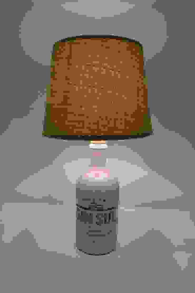 Candeeiro com garrafa de Gin reciclada por 5L.CincoLitros Rústico Cerâmica