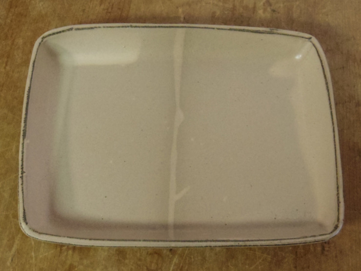 Plate の Pottery木[ki] (ポタリー木)