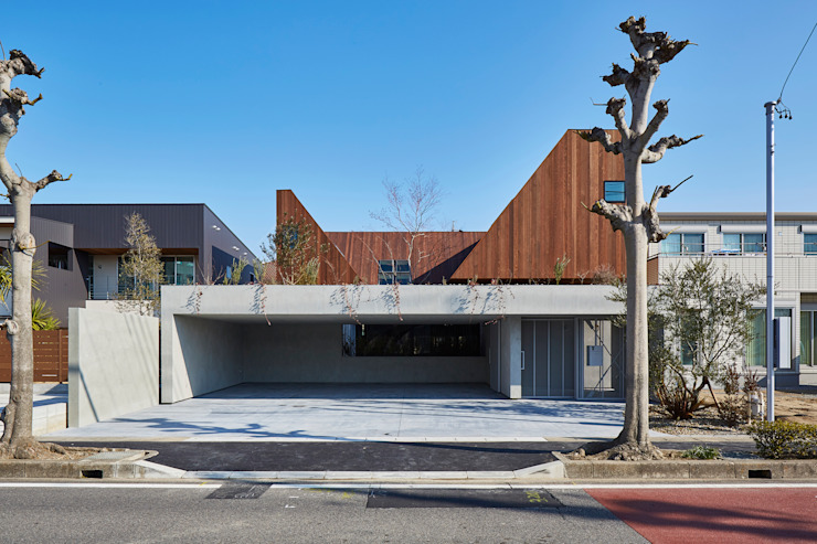 Modern houses by 武藤圭太郎建築設計事務所 Modern