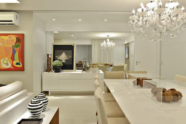 Apartamento J|R Salas de jantar minimalistas por Argollo & Martins | Arquitetos Associados Minimalista