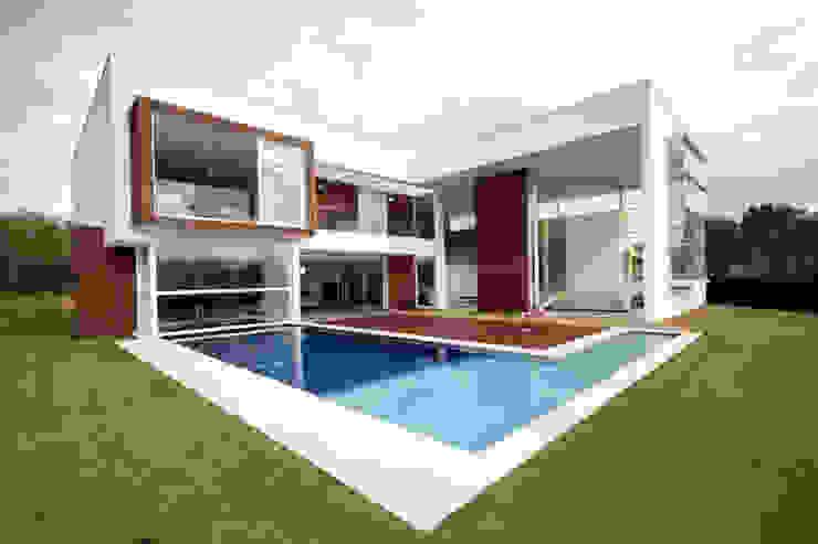 Moderne Häuser von F:POLES ARQUITETOS ASSOCIADOS Modern