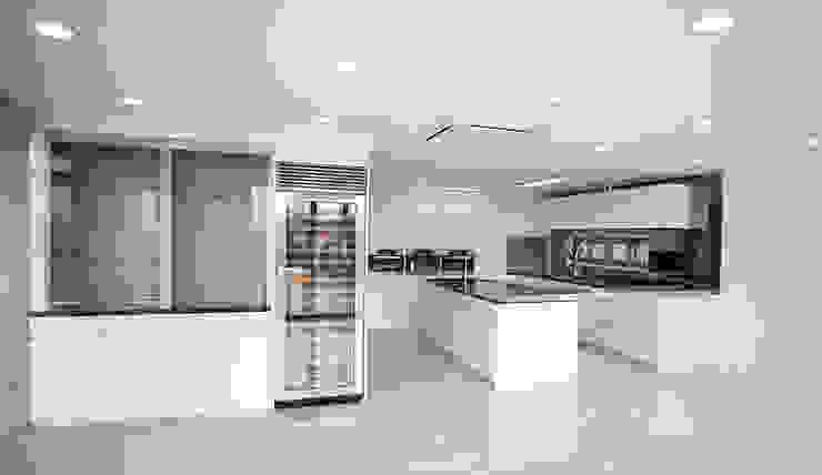 Modern dining room by 엔디하임 - ndhaim Modern