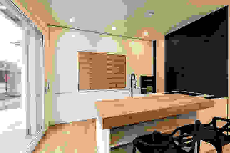 Cocinas de estilo  por Tommaso Giunchi Architect, Moderno