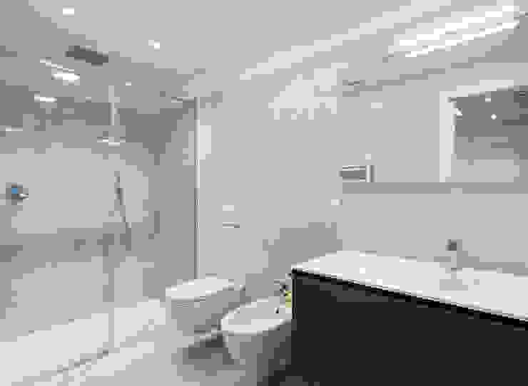 Moderne Badezimmer von Tommaso Giunchi Architect Modern