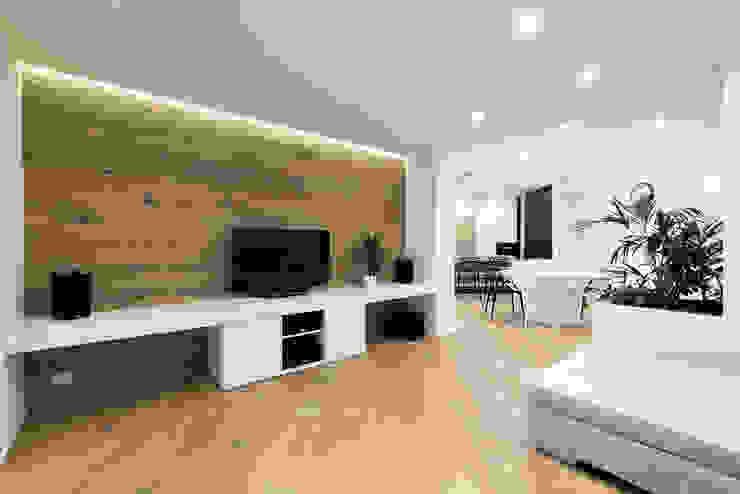 PASSIVE HOUSE Soggiorno moderno di Tommaso Giunchi Architect Moderno