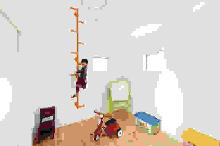 Moderne kinderkamers van 株式会社アートハウス Modern