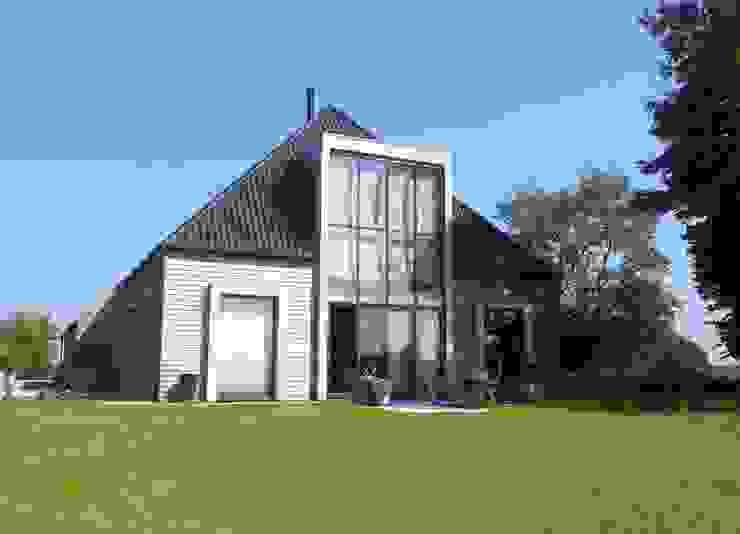 Modern Houses by Dick de Jong Interieurarchitekt Modern