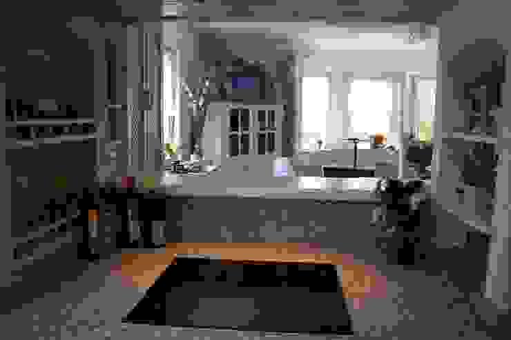 Mediterrane Küchen von homify Mediterran Granit