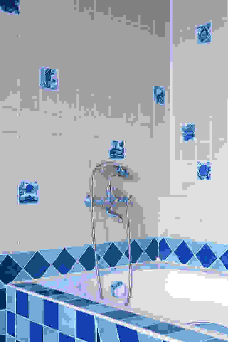 Русское кантри Ванная комната в стиле кантри от Анастасия Муравьева Кантри