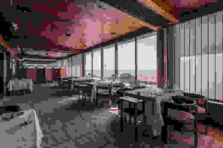 ARKHY PHOTO © Hotéis modernos por ARKHY PHOTO Moderno