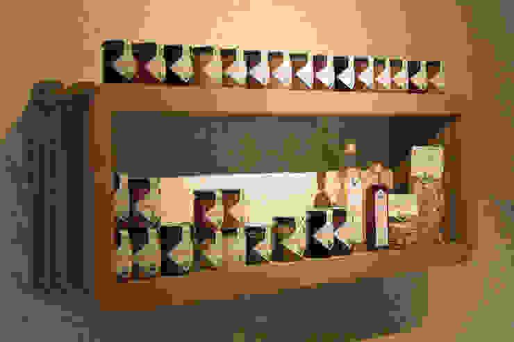 Allestimento Showroom di Cascina Rosa Spazi commerciali in stile rustico di Etico Design Rustico