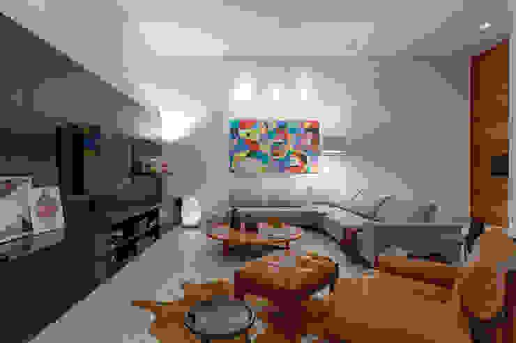 Vila Alpina II Salas de estar modernas por Bruna Figueiredo Arquitetura e Interiores Moderno