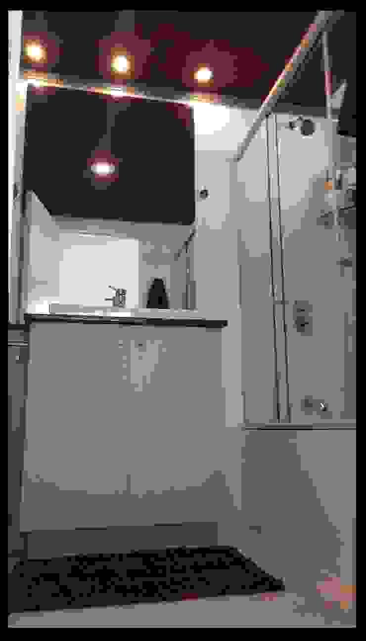 Ванная комната в эклектичном стиле от Diseñadora Lucia Casanova Эклектичный